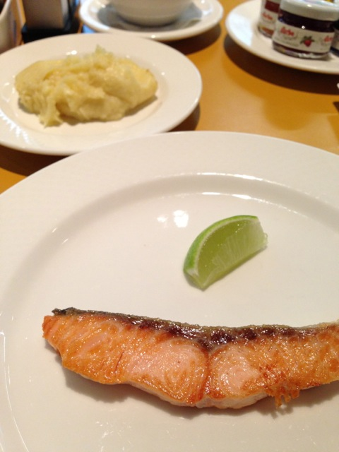 Grilled salmon and mashed potato on the fourth morning.