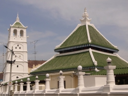 Kampung Kling Mosque built in the traditional Malacca style.