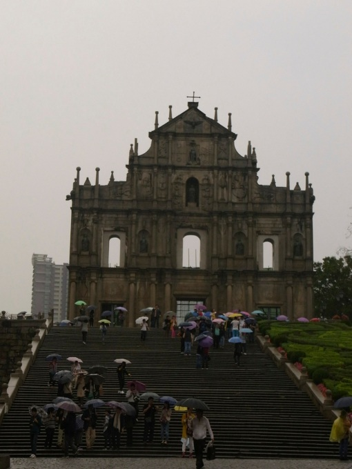 The facade of St. Paul's Cathedral perched on a hilltop.