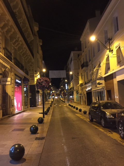 Rue d'Antibe, Cannes by night.