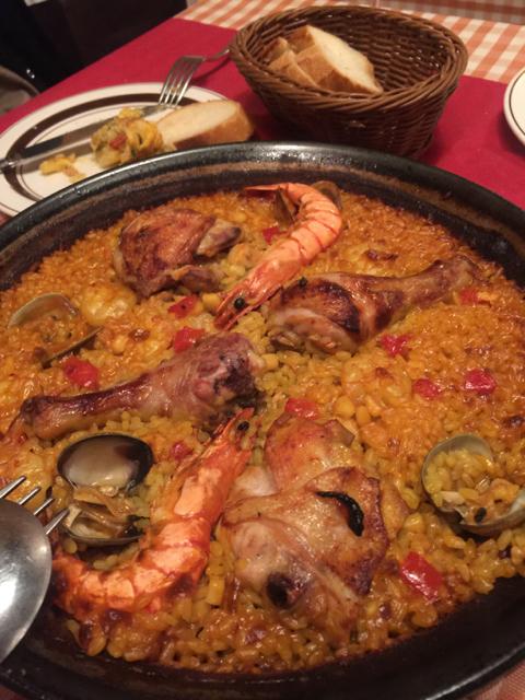 Very nice seafood and chicken paellja